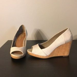 Toms Shoes - Time Wedges